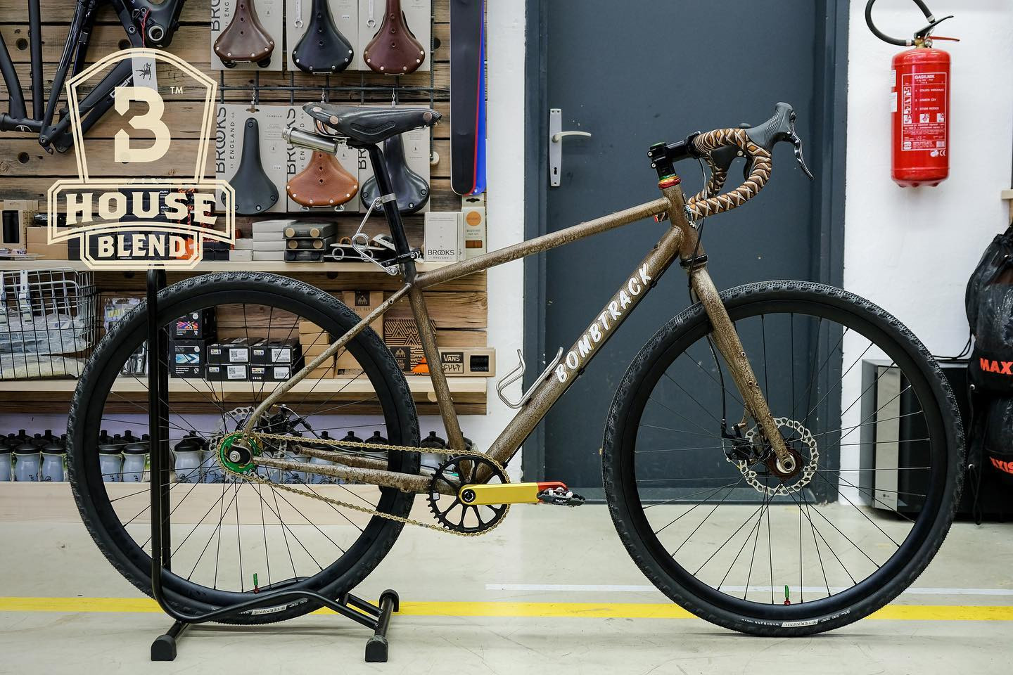 Bombtrack × Loose Cycles