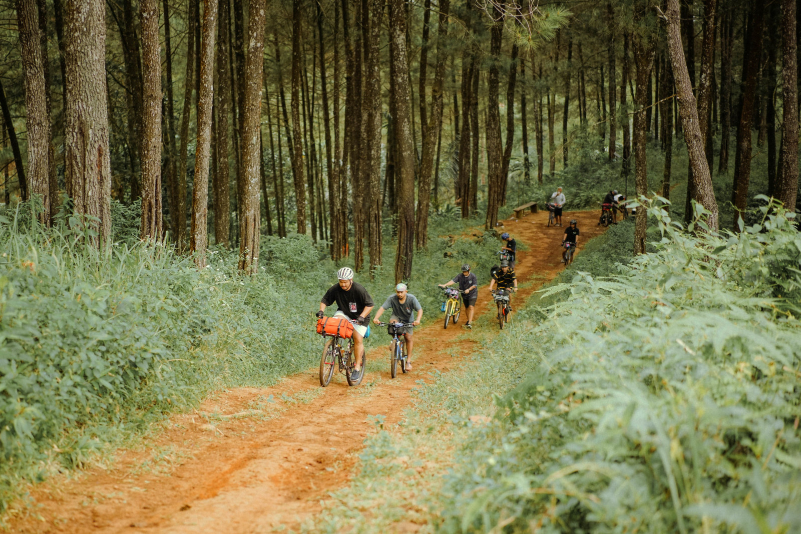 Cyclo-camping entre amis à Jakarta